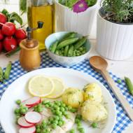 Filet halibuta z młodymi ziemniaczkami i groszkiem