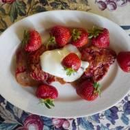 Placuszki serowo – truskawkowe. Przepis BLW w sam raz na kolację.