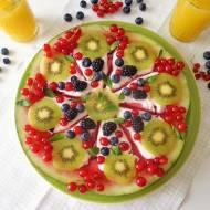 Arbuzowa pizza z owocami i jogurtem (Pizza di anguria con frutta e yogurt)