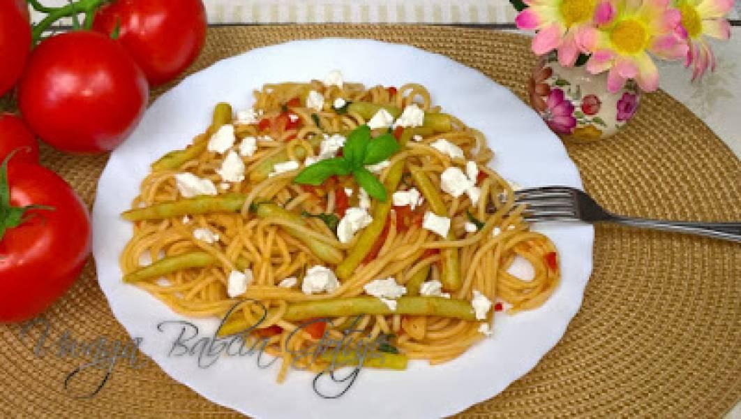 Przepis Na Makaron Z Fasolka Szparagowa W Sosie Pomidorowym Danie