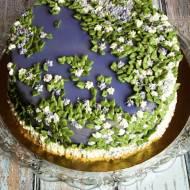 Tort obsypany kwiatami 2 – pomysł na dekorację XI