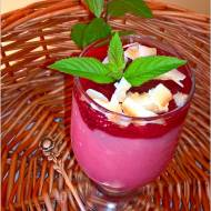 Kremowy deser herbaciano-owocowy