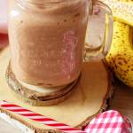 Koktajl quinoa + rabarbar + banan