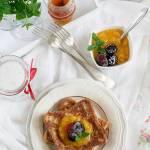 Tosty francuskie z owocami - pyszne śniadanie dla łasuchów