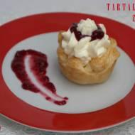 Jadą goście, jadą... czyli szybkie tartaletki z ciasta francuskiego z owocami