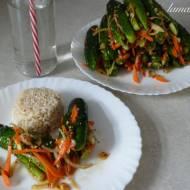 Pikantne górki nadziewane albo ogórkowe kimchi