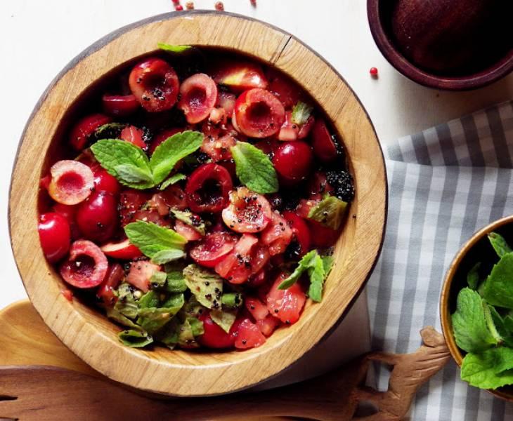 Przepis Na Salatka Z Pomidorow I Czeresni Z Czarna Quinoa Mieta I