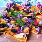 Podpłomyki z pieczonymi ziemniaczkami i dodatkami.(vege & gluten free)