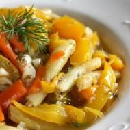 Potrawka warzywna z fasolką szparagową i papryką