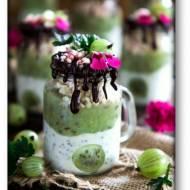 Deser w słoiczkach – agrest, jogurt, chia i czekolada