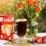Cafe Affogato, czyli kawa po włosku z lodami i sosem karmelowym.