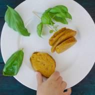 Mąka torfowa i liście Brazylii. Eeee? Placki pomidorowe dla niemowlaka BLW.