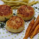 3 składnikowe wegańskie kotleciki ziemniaczane, czyli niebanalny obiad z banalnych składników