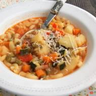 Włoska zupa minestrone