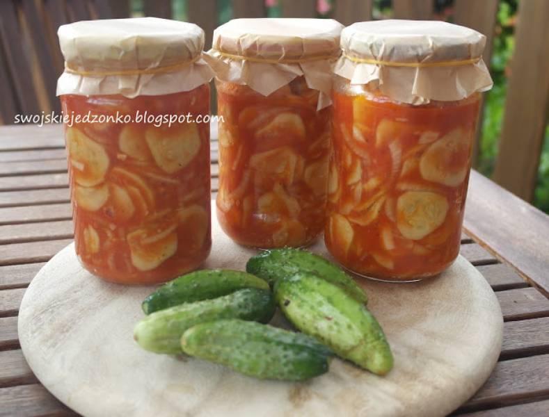 Ogórki z pomidorach do słoików