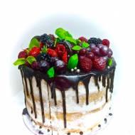 Urodzinowy tort owocowy