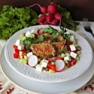 Kurczak z papirusa z kaszą jaglaną i chrupiącymi warzywami