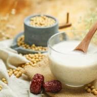 Mleka roślinne - przegląd produktów dostępnych w sklepach sieciowych