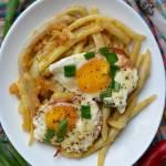 Fasolka szparagowa z jajkiem sadzonym na szynce