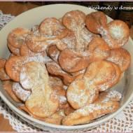 """Gusz-e fil, czyli ciastka """"słoniowe uszy"""" i """"Amelia"""""""