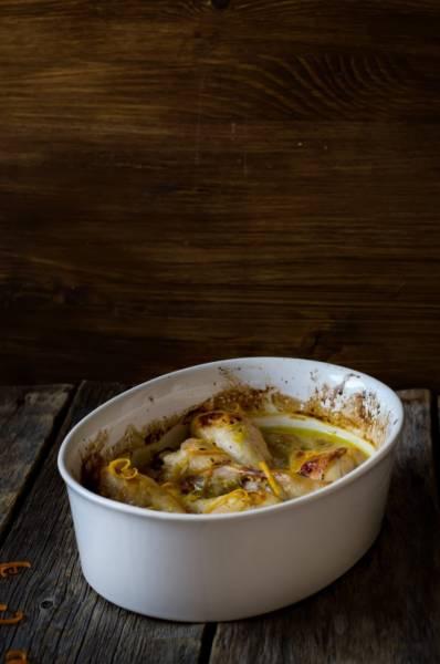 Udka kurczaka w aromatycznym sosie z pomarańczy