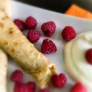Idealne śniadanie – naleśniki owsiane z owocami
