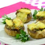 Pieczarki nadziewane serem camembert + film