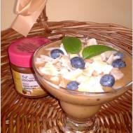 Wege orzechowo-owocowo-kakaowy pucharek (w kilka chwil)