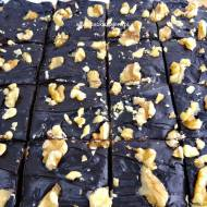 Zdrowe brownie daktylowo-orzechowe bez pieczenia