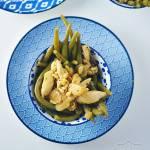 Fasolka szparagowa z kurczakiem i czosnkiem