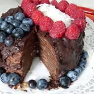 Czekoladowy tort naleśnikowy (wegański)