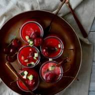 Gazpacho z wiśniami
