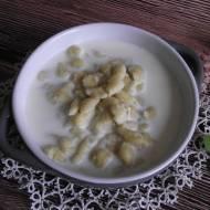 Zacierka na słono z mlekiem
