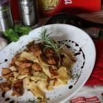 Kurczak z Makaronem Po Chińsku