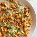 Kurki smażone z cebulą i chili