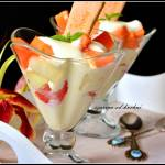 Deserek z owocami egzotycznymi