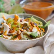 Sałatka tajska z dresingiem orzechowym / Thai salad with peanut dressing