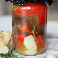 Uszaki bzowe kiszone z papryką