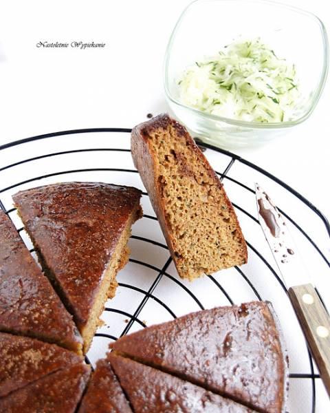 Cynamonowe fit ciasto z cukinią