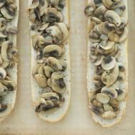 🧀 Domowe zapiekanki z pieczarkami i serem