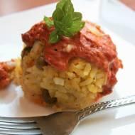 Kulki ryżowe zapiekane z sosem pomidorowym i serem