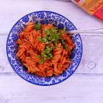 Sos pomidorowy z karmelizowaną cebulką