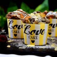 Pełnoziarniste muffinki z malinami i morelami