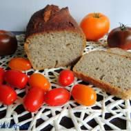Chleb na dzikich drożdżach z czarnej porzeczki