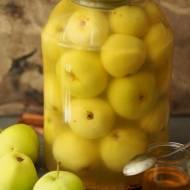 Jabłka kiszone z miodem i przyprawami korzennymi