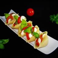 Sałatka caprese – wariacja z makaronem