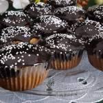 Muffinki razowe z daktylami