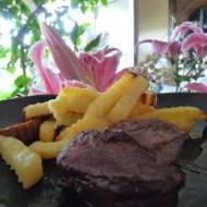Mięso w marynacie z czarnej porzeczki