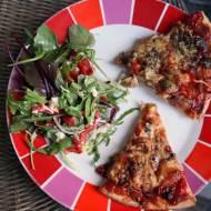 Pizza z kurczakiem i sosem barbecue