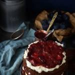 Warstwowe ciasto ze śliwkami i bezą!